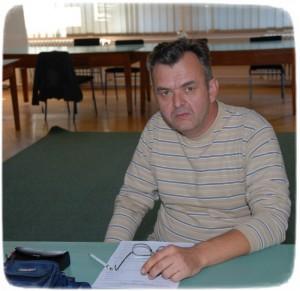 Учитељ Жељко Тешевић