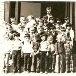 ГЕНЕРАЦИЈА 1969. СА УЧИТЕЉИЦОМ МИЛИЦОМ ШИЉКОВИЋ