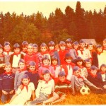 генерација 1974. са учитељицом Надом Ковачевић наТари