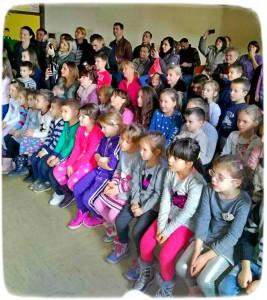 Novogodišnja priredba učenika IO Turica